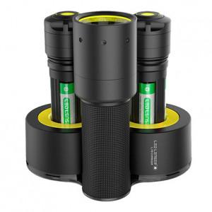 Ledlenser I7DR Industrial tölthető LED lámpa, 4xAAA Ni-Mh, 220 lm termék fő termékképe