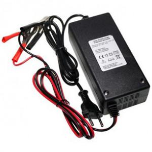 Ritar RT05D-12100 3 lépcsős akkumulátortöltő ólomakkukhoz, 12 V/10 A termék fő termékképe