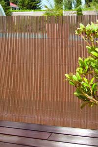 Hlavný obraz produktu Willowplast tieniaca clona na plot hnedá 1x3m