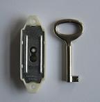 Bútorzár - Rászegzős 13 mm 1K