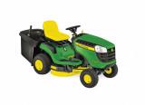 X146R fűnyíró traktor